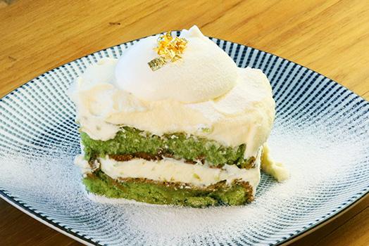抹茶のスコップケーキ
