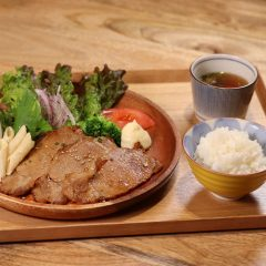生姜焼きプレート ¥1,000