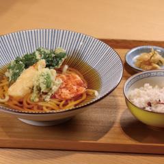 【季節限定】春野菜の天ぷらうどん ¥1,050